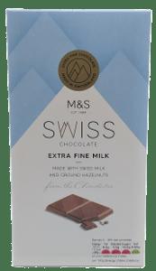 Marks & Spencer Švýcarská mléčná čokoláda s mletými lískovými ořechy