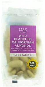 Marks & Spencer Kalifornské mandle loupané