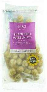 Marks & Spencer Lískové ořechy loupané