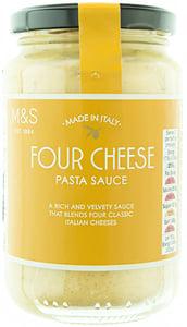 Marks & Spencer Smetanová omáčka na těstoviny se sýry Pecorino Romano, Grana Padano, Mascarpone a Fronal