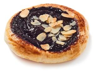 Antonínovo pekařství Kynutý koláč povidlový s mandlemi