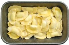 Čerstvá pasta Ravioli krůtí s bylinkami