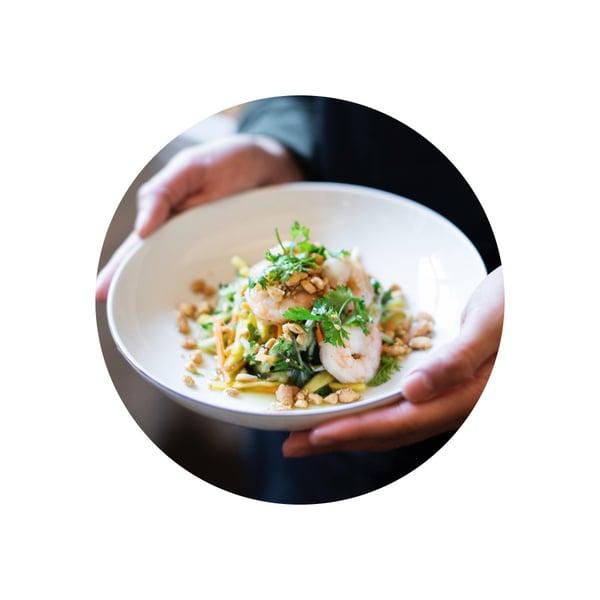 Nom xoai – mangový salát