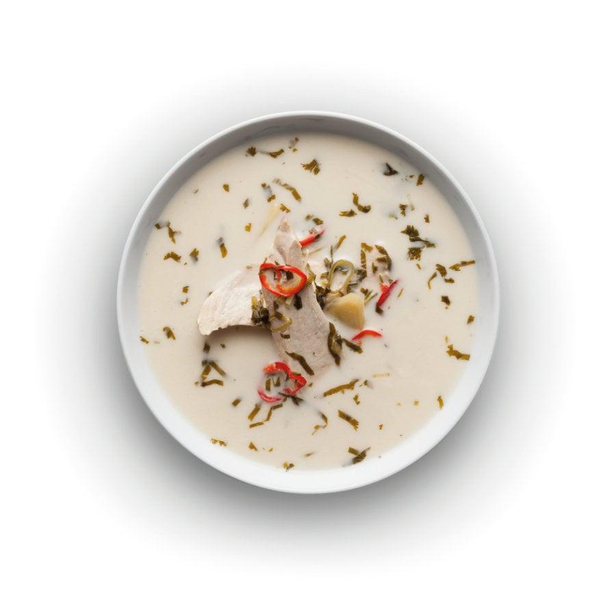 Kuřecí polévka skokosovým mlékem